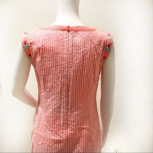 Vineyard Vines Dresses - Vineyard vines pink seer sucker dress embroidered